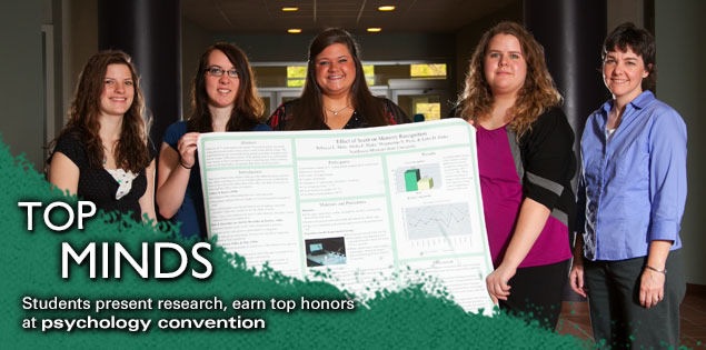 Top Minds: Students present research, earn top honors at psychology convention