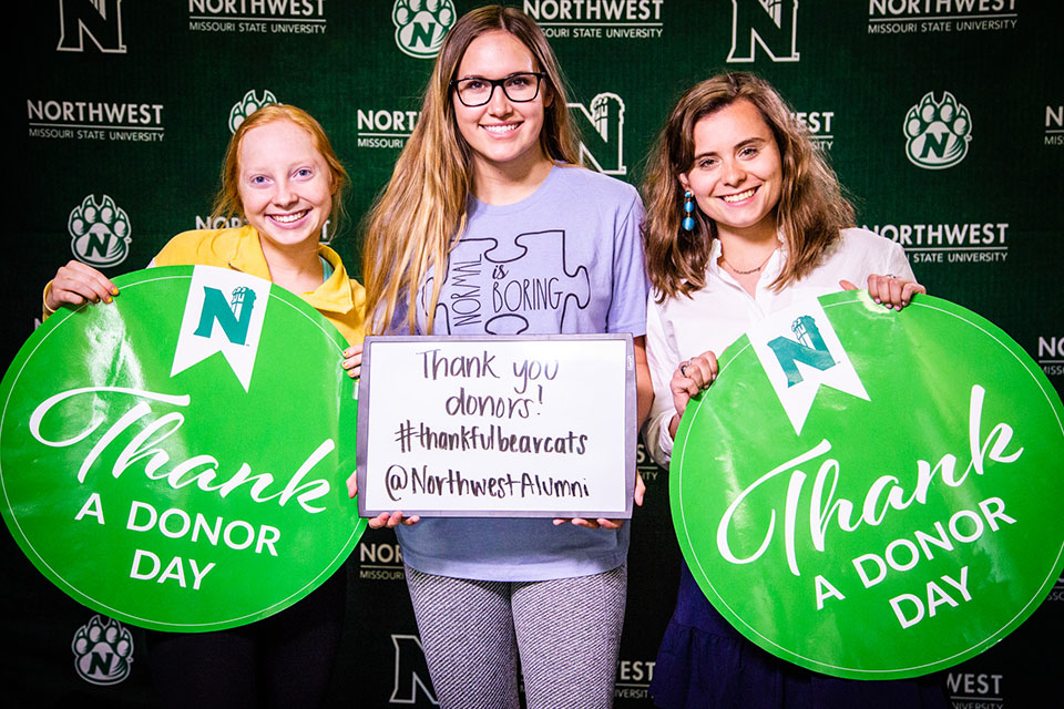 Foundation reports successful FY19, awards record number of scholarships